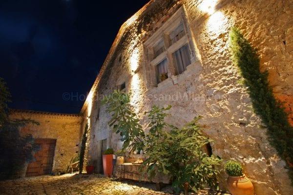 Maison Fontaine, entrance courtyard