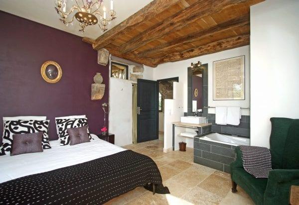 Bedroom 3 has it