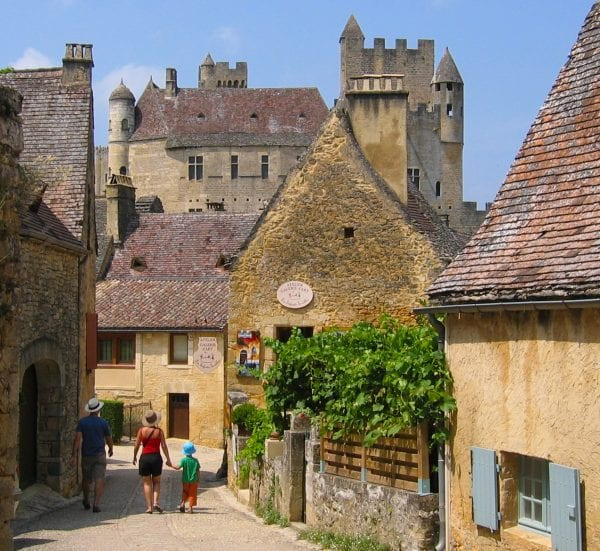 Explore the Dordogne, just one of the Departments in the Aquitaine region