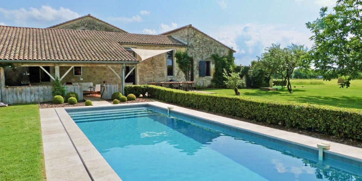 Maison Fontaine luxury accommodation. Private secure heated swimming pool, fenced & gated. Suitable for up to 6 adults & 4 children. Wheelchair friendly