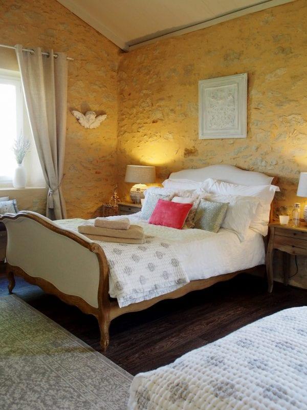 Sable, Double Deluxe or twin room, en-suite bathroom and a seating areaSable room, double deluxe or twin room, en suite bathroom and a