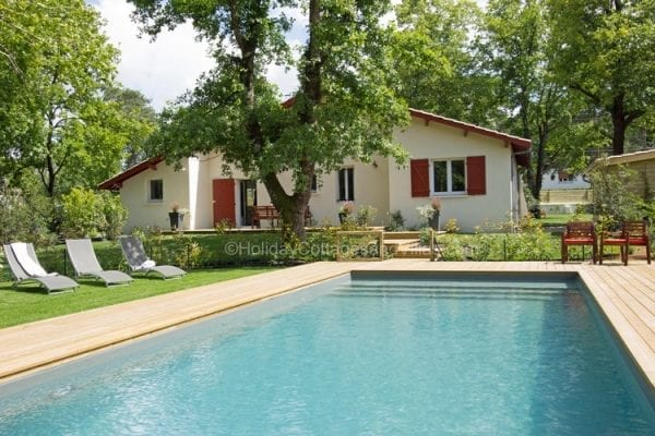 Charming Villa Des Pins Grand Cru Holiday Accommodation Near Bordeaux City Vacation  Property · Private Heated 12x4m Pool ...