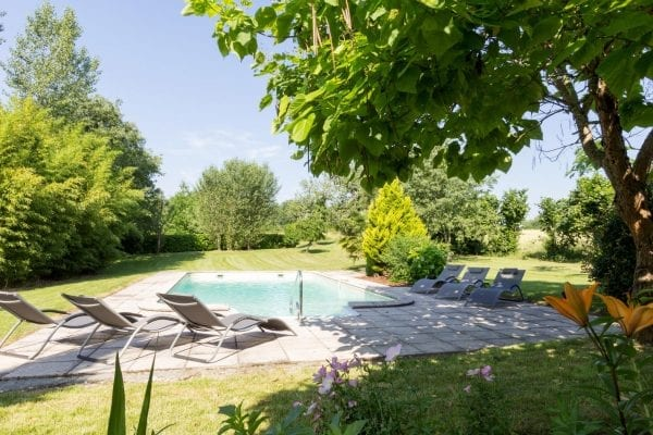 10m x 5m private pool