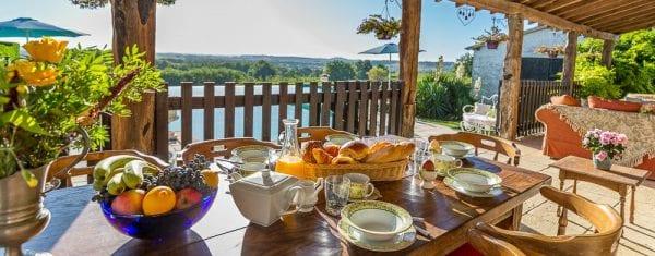 Domaine de Bramefant holiday villa in the Dordogne