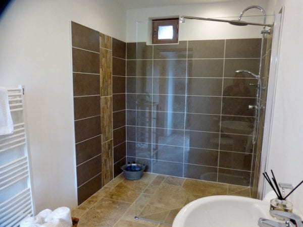 Shower Room Shared With The Ground Floor Double Room And The Twin Room