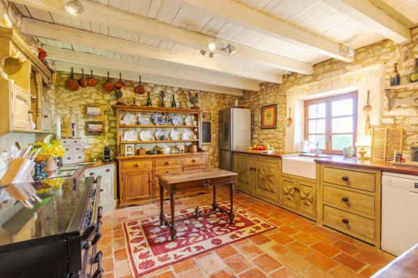 Beautifuly decorated kitchen