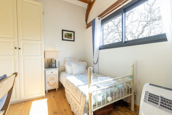 Bedroom 3 next to bedroom 2