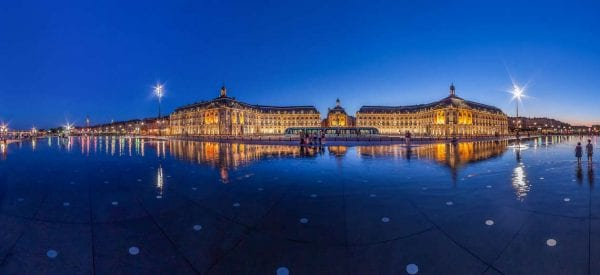Bordeaux, the water mirror
