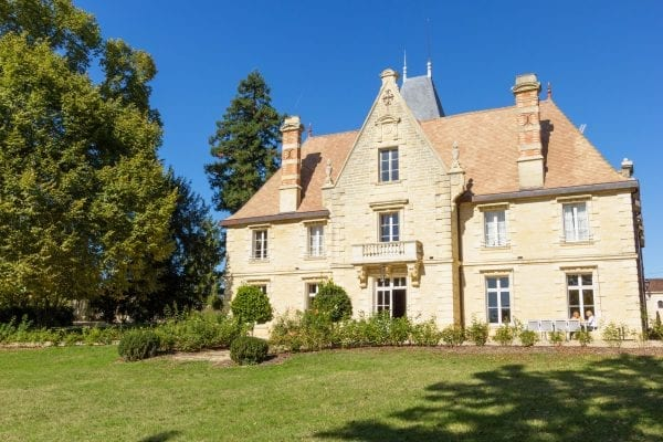 Chateau La Grave Bechade holiday accommodation France