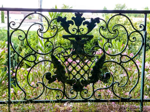 Decorative garden features