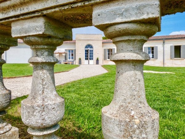 Beautiful features of Chateau Vrai Canon Bouche