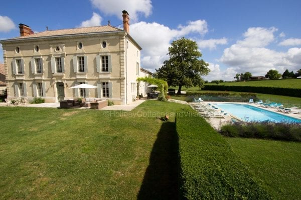 The house and private swimming pool