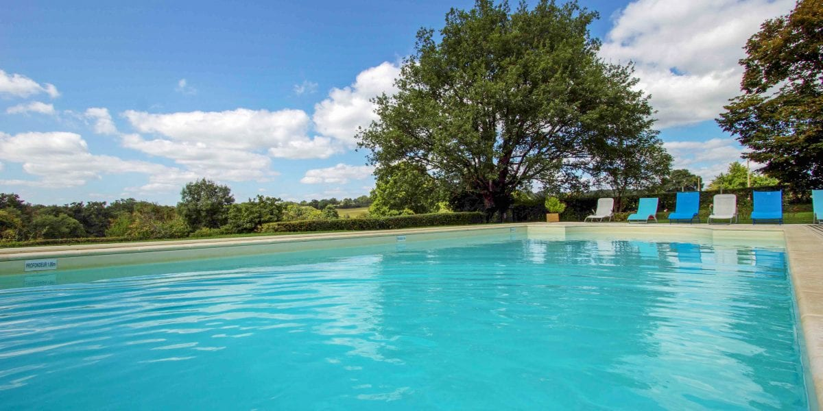 Holiday vacation in france with a private pool, gite france vacation