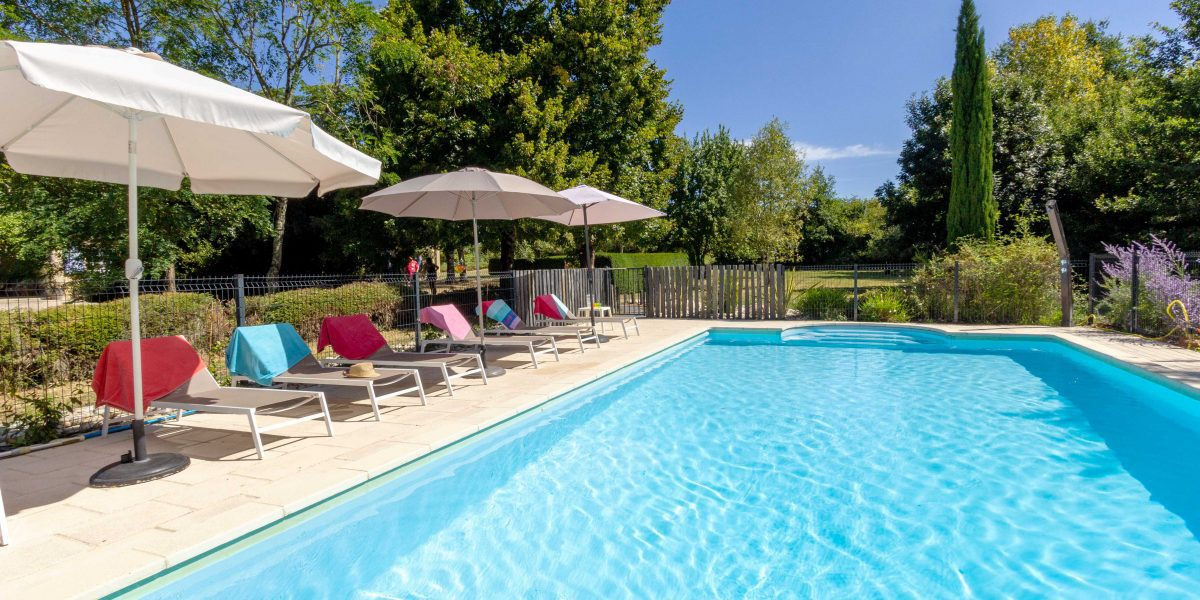 Le Verger Large holiday villa in SW France with a secure fenced and gated private pool