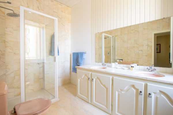 Shared Family shower room with wc centrally located between all bedrooms