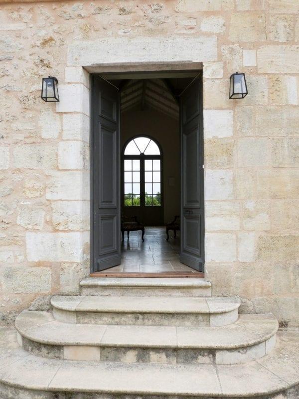 Welcome to Chateau Vrai Canon Bouche vineyard estate