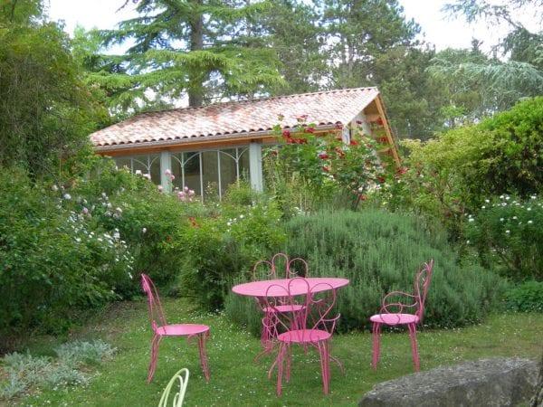 Jardin de Boissonna tea rooms near Duras