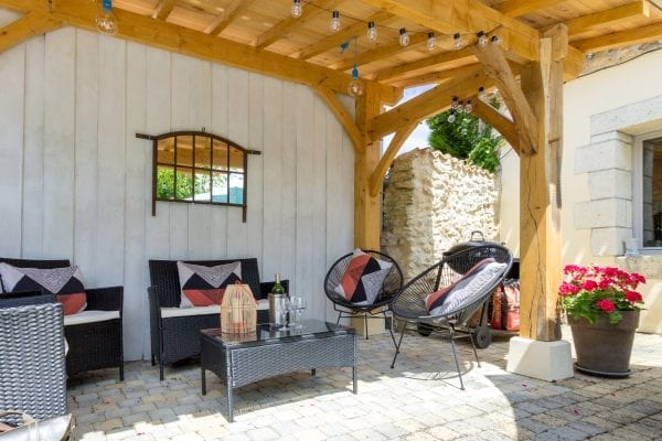 Shaded seating with feature wooden beams
